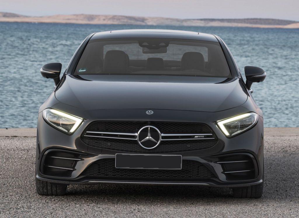Mercedes-Benz CLS 2018, вид спереди