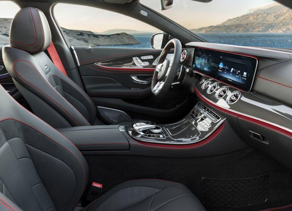 Mercedes-Benz CLS, передние сиденья