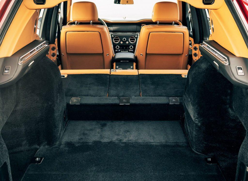 Rolls-Royce Cullinan 2018, багажник