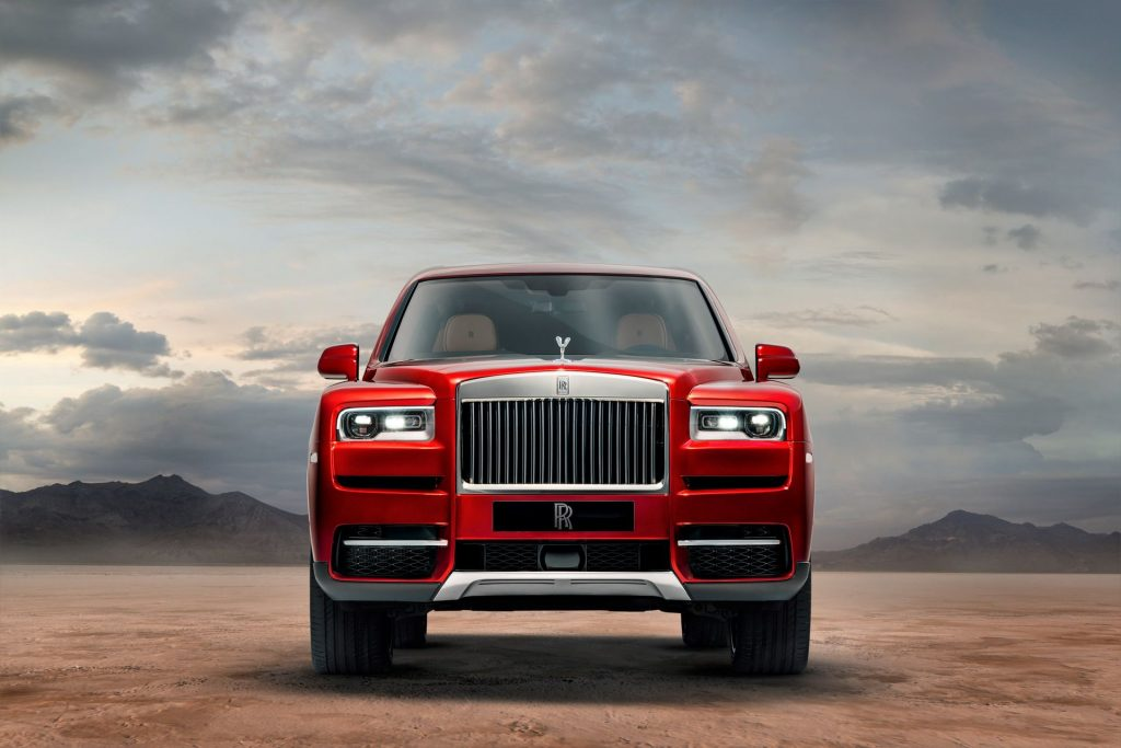 Rolls-Royce Cullinan 2018, вид спереди