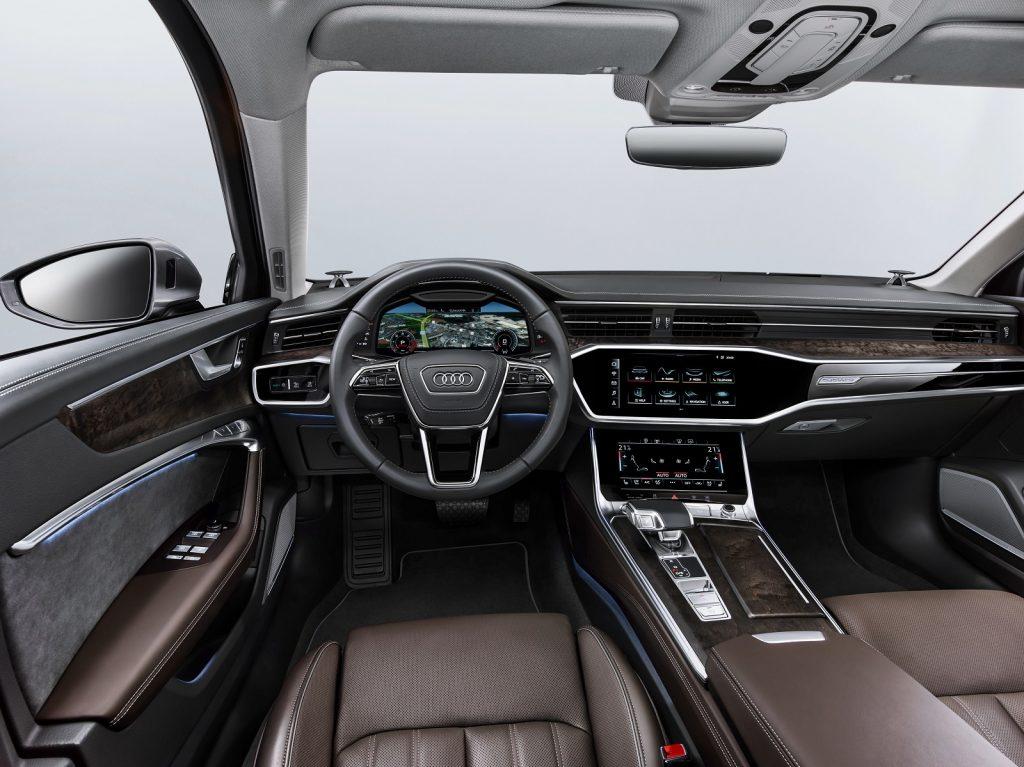 Новый Audi A6, передняя панель