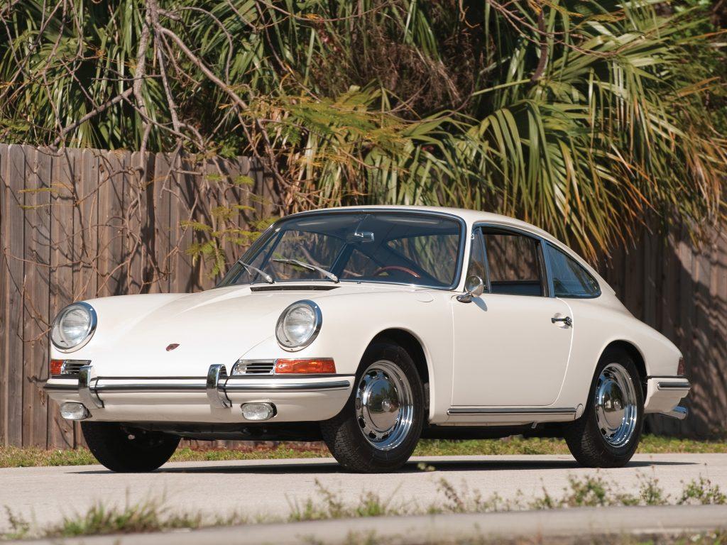 Первый Porsche 911 1964 года