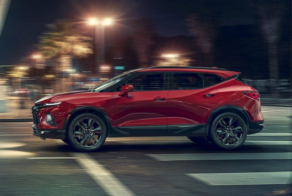 Chevrolet Blazer 2019, вид сбоку
