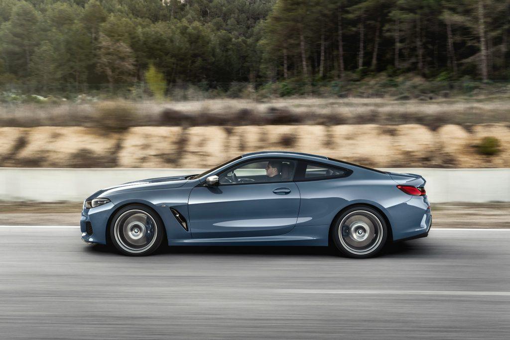BMW 8 Series 2018, вид сбоку