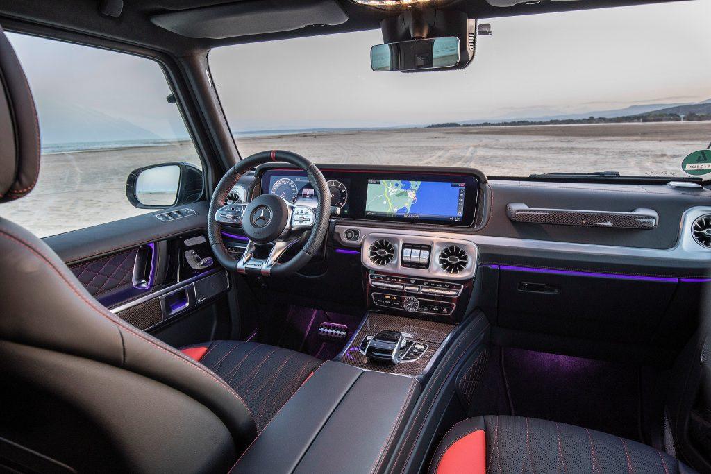 Новый Mercedes-Benz G-Class, передняя панель
