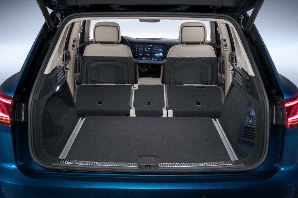 Новый Volkswagen Touareg, багажник