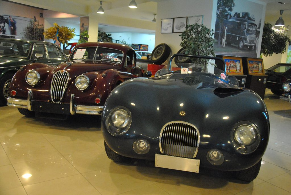 Jaguar XK140 и C-Type