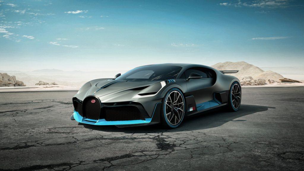 Новый Bugatti Divo, вид спереди