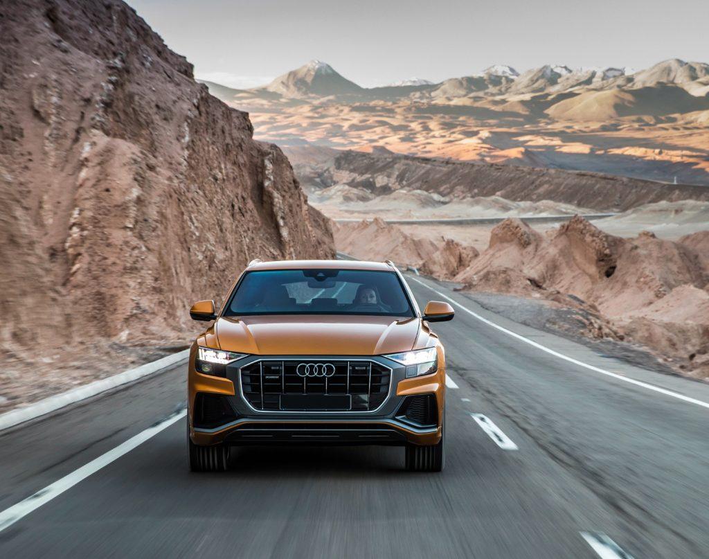 Audi Q8 2018, вид спереди