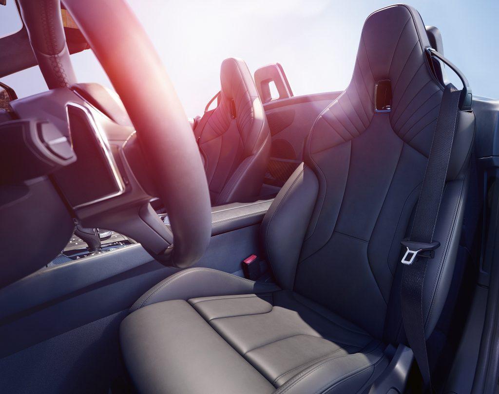 BMW Z4, передние сиденья