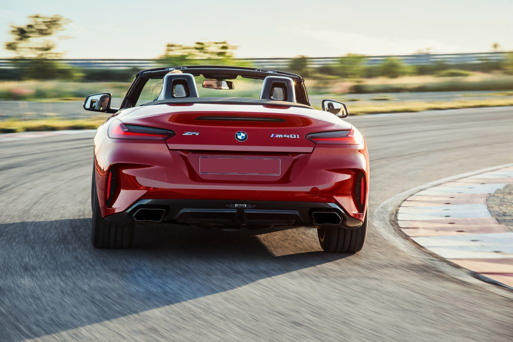 BMW Z4 2018, вид сзади