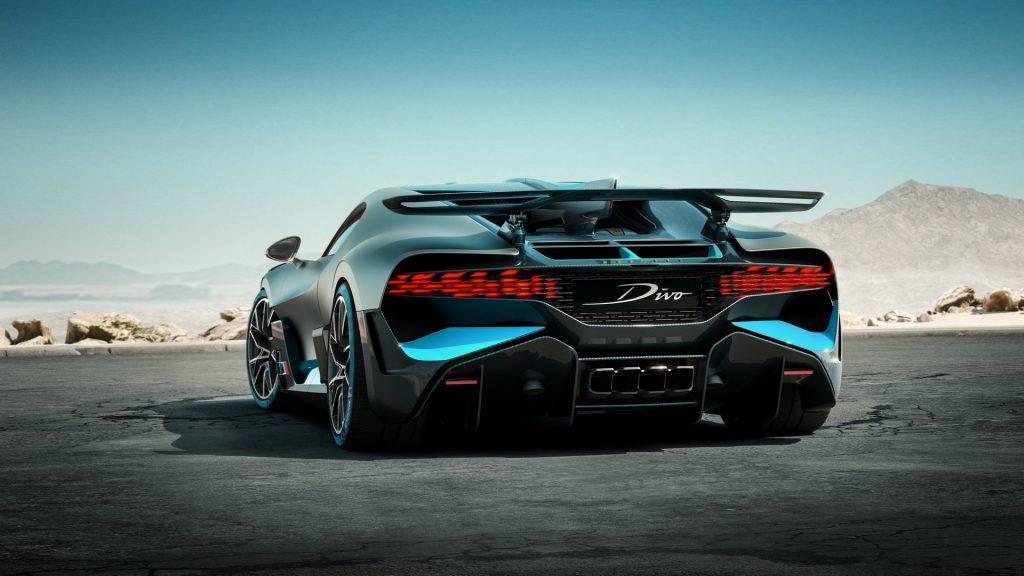 Bugatti Divo 2018, вид сзади