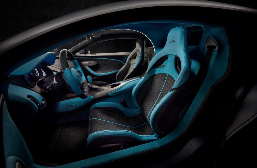 Новый Bugatti Divo, передние сиденья
