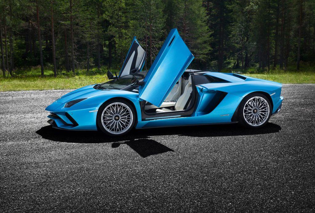 Lamborghini Aventador S Roadster, двери