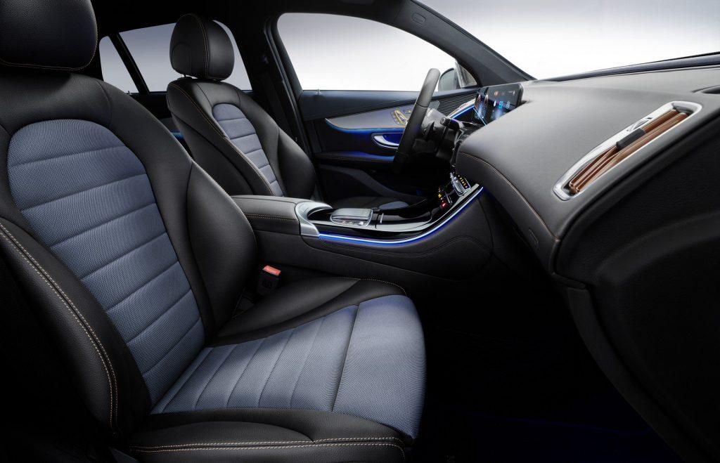 Mercedes-Benz EQC, передние сиденья