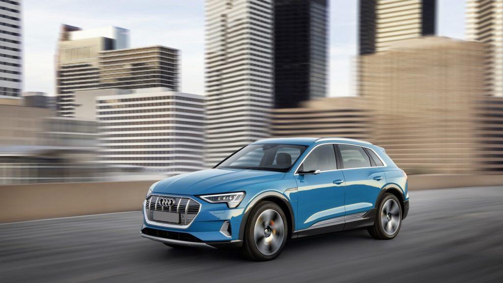 Audi e-tron, вид на переднюю диагональ