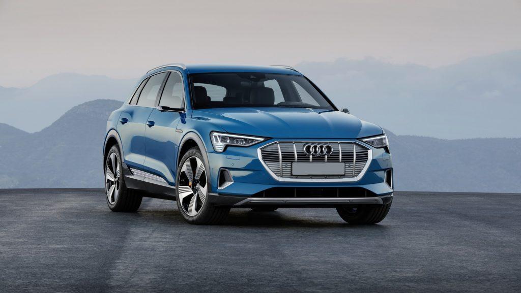 Audi e-tron 2019, вид спереди