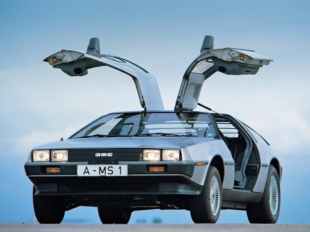 DeLorean DMC12 помогли создать в Lotus