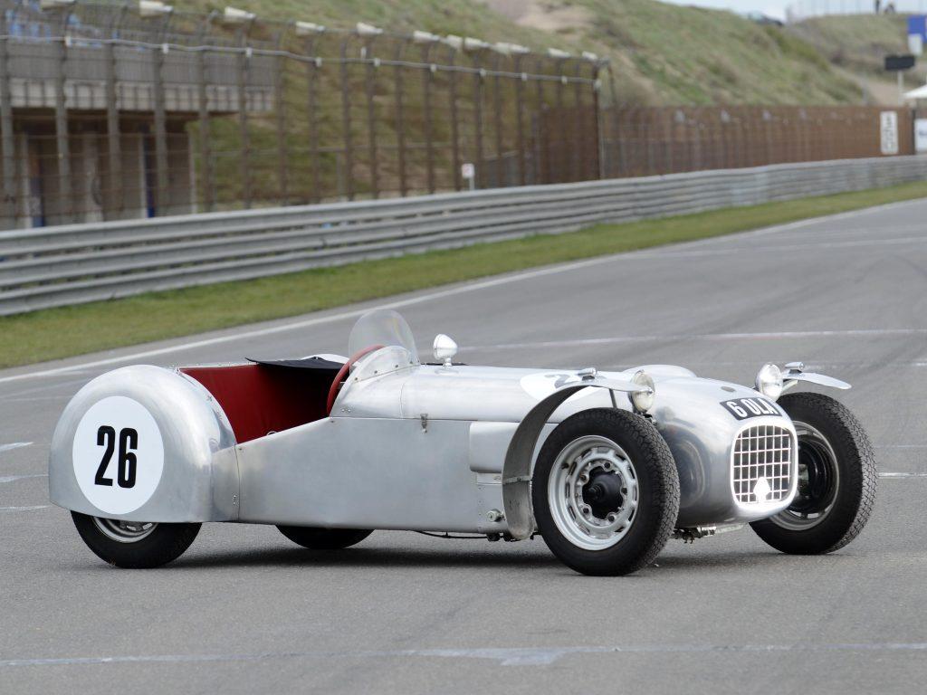 Lotus MkVI 1952 года