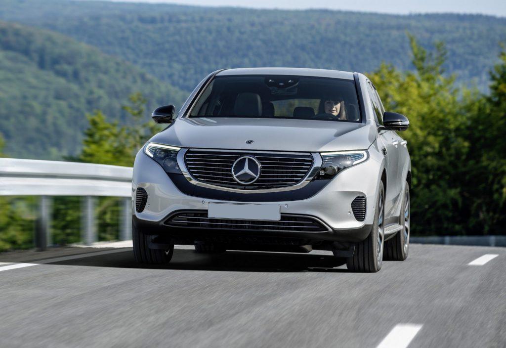 Mercedes-Benz EQC 2019, вид спереди