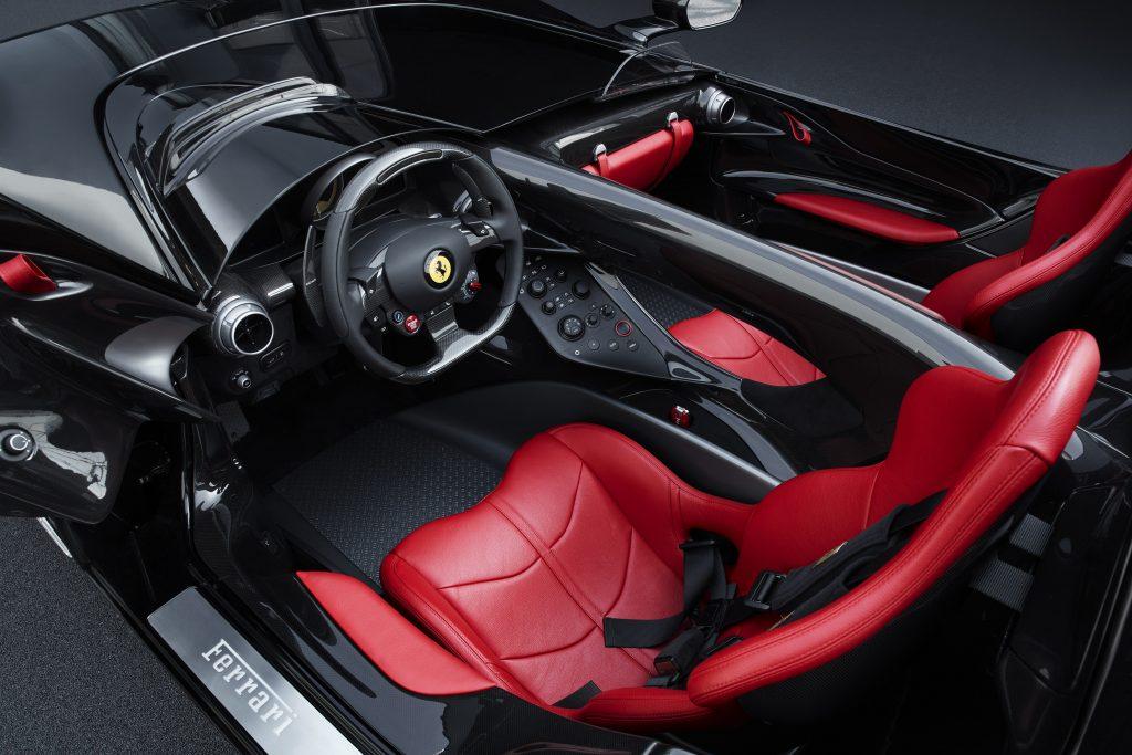 Ferrari Monza 2019, салон