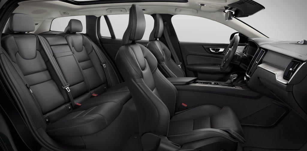 Новый Volvo V60 Cross Country, салон