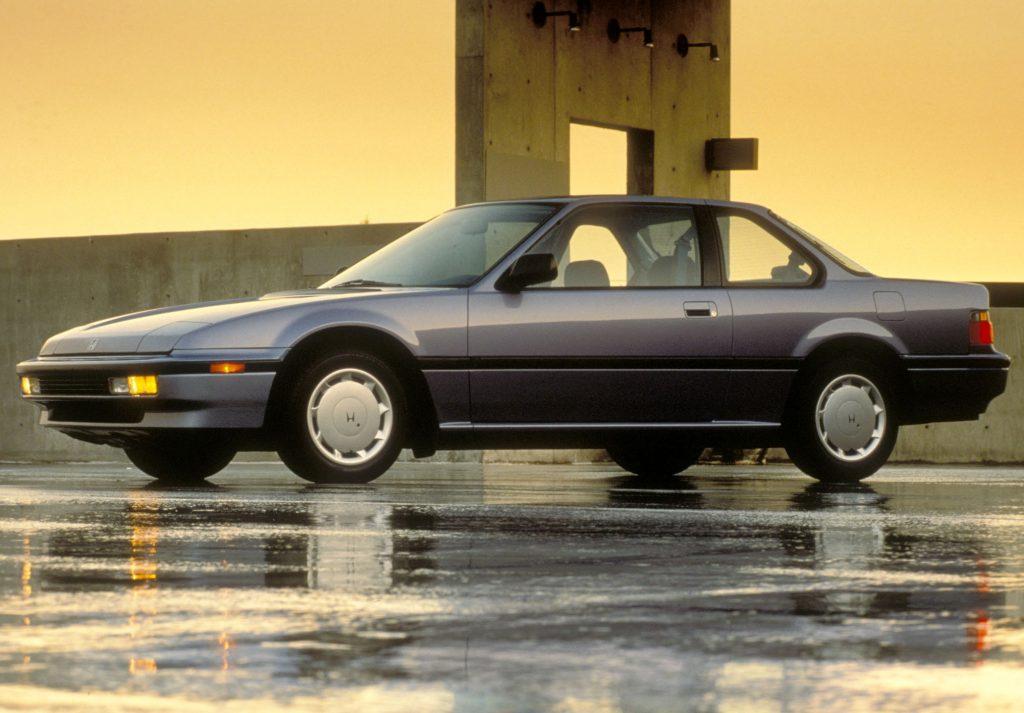 Honda Prelude 1989 года получил управляемые задние колеса