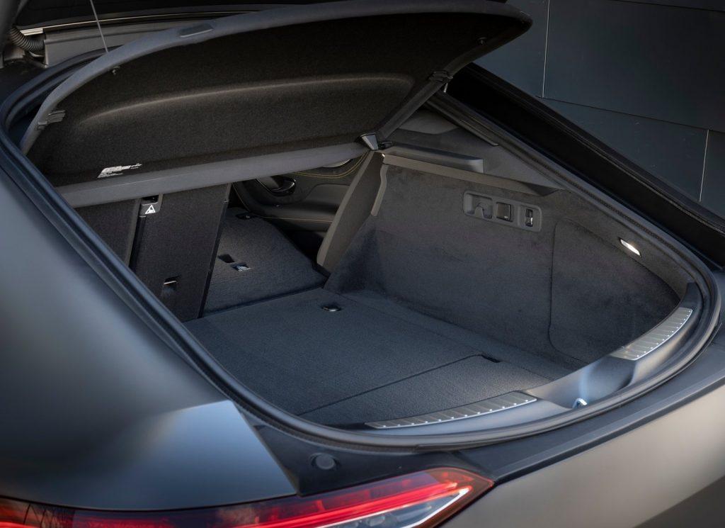 Mercedes-AMG GT 4-Door 2018, багажник