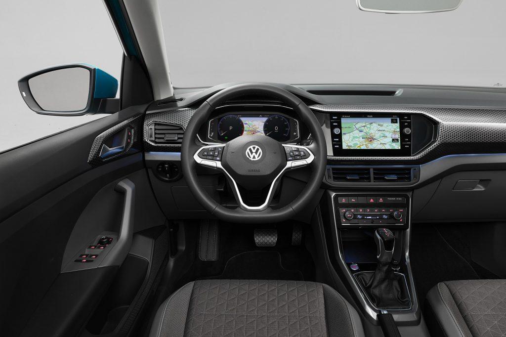 Volkswagen T-Cross, передняя панель