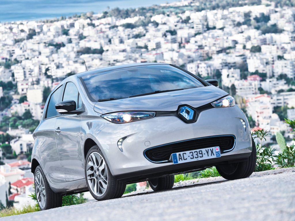 Renault Zoe - самый популярный электромобиль в ЕС