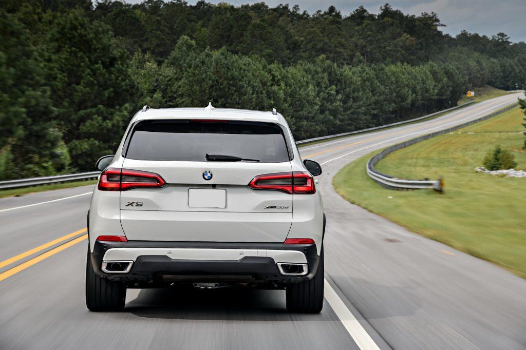 BMW X5 2019, вид сзади