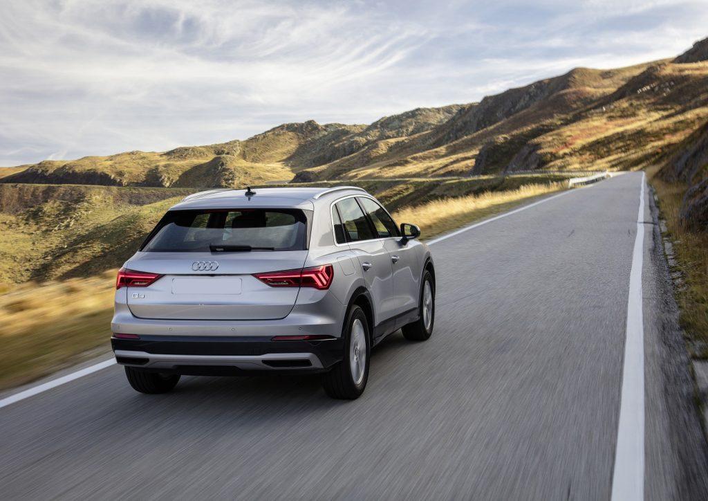 Audi Q3 2019, вид сзади
