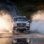Mercedes-Benz GLE 300 d 4MATIC, mojavesilber, Leder tartufobraun/ schwarz;Kraftstoffverbrauch kombiniert: 6,4-6,1 l/100 km; CO2-Emissionen kombiniert: 169-161 g/km*  Mercedes-Benz GLE 300 d 4MATIC, mojave silver, leather truffle brown/black;combined fuel consumption: 6.4-6.1 l/100 km; combined CO2 emissions: 169-161 g/km