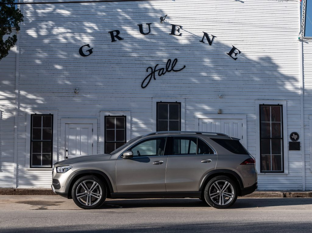 Mercedes-Benz GLE 2019, вид сбоку