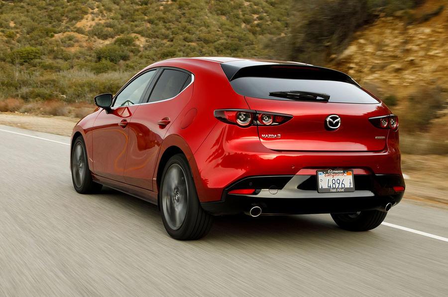 Mazda3 2019, вид сзади