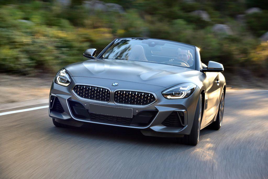 BMW Z4 2019, вид спереди