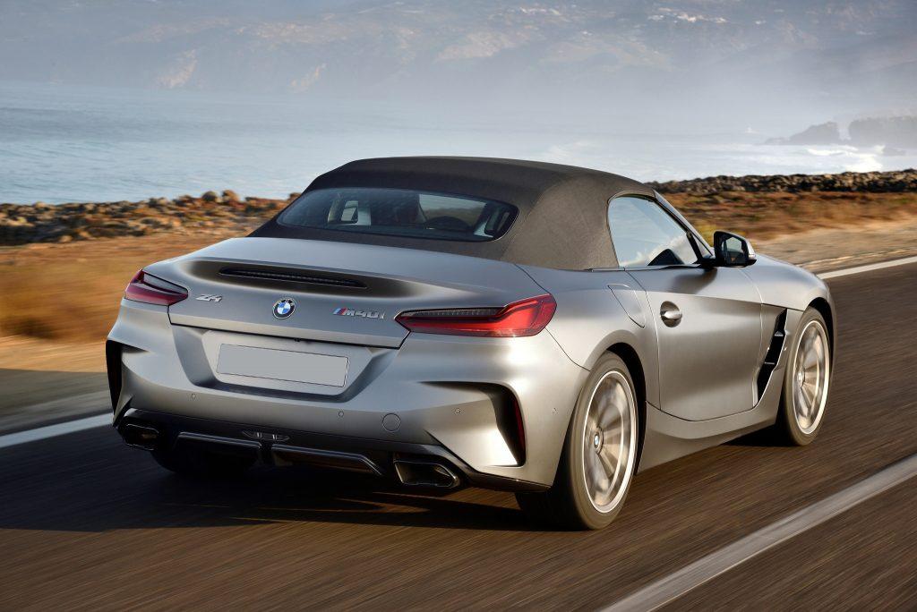 Новый BMW Z4, вид сзади