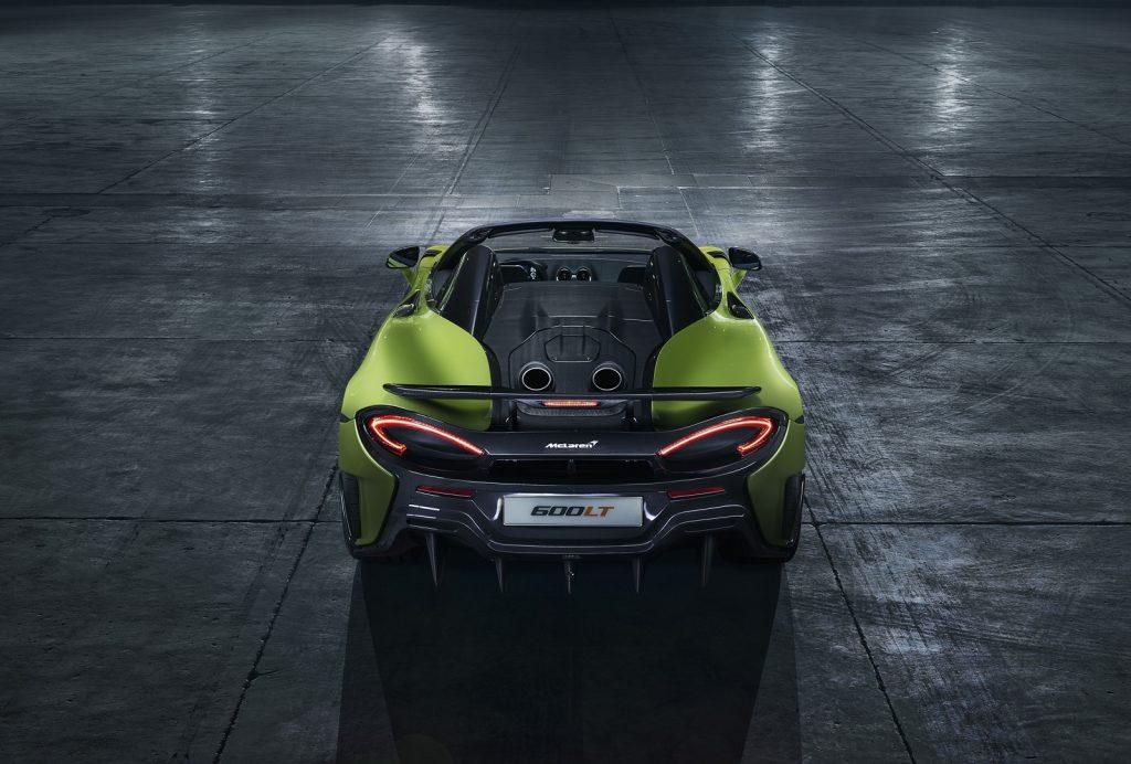 Новый McLaren 600LT Spider, вид сзади