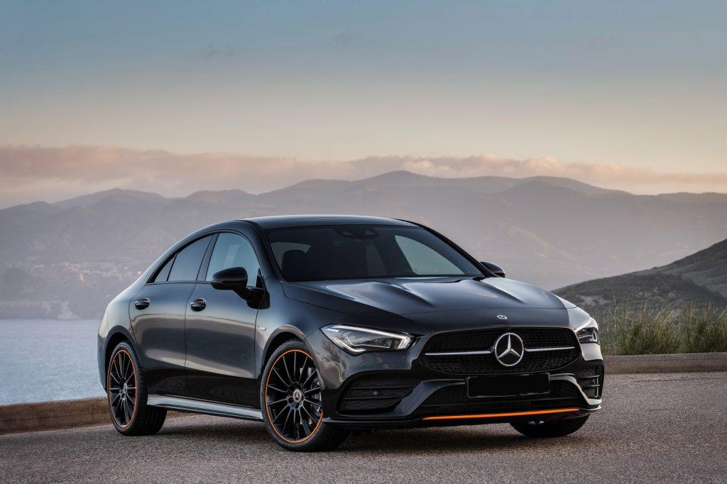 Mercedes-Benz CLA 2019, вид спереди