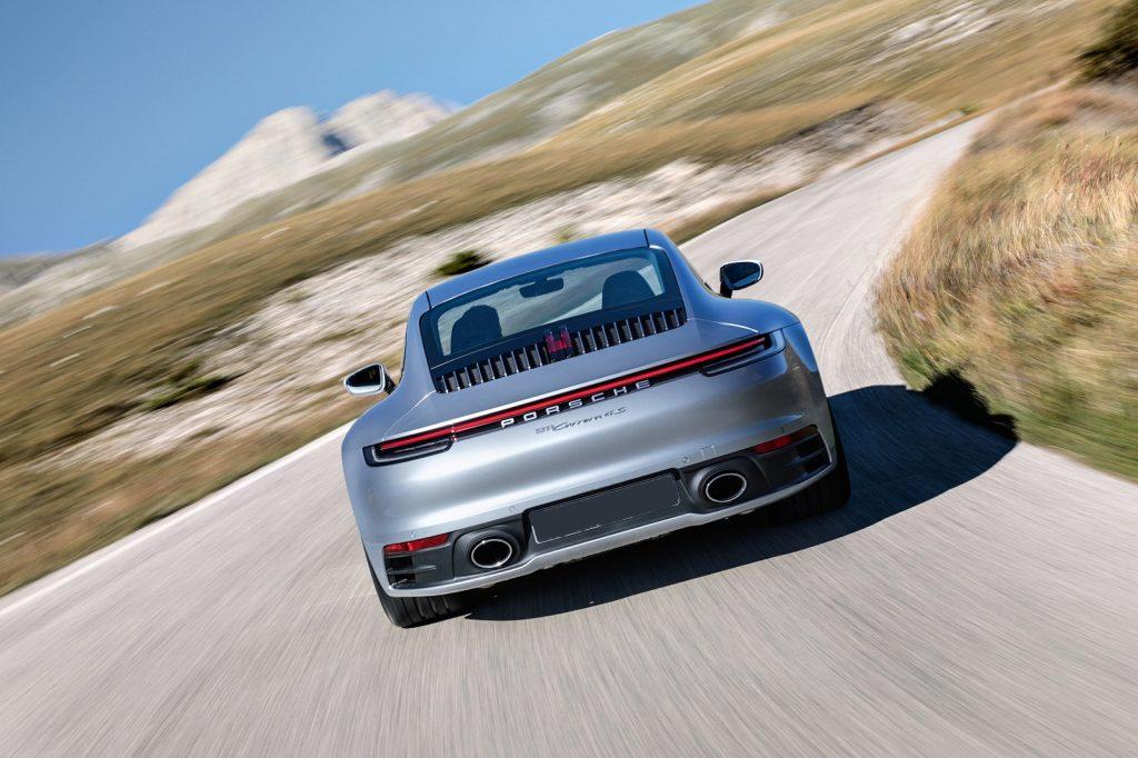 Porsche 911 2019, вид сзади