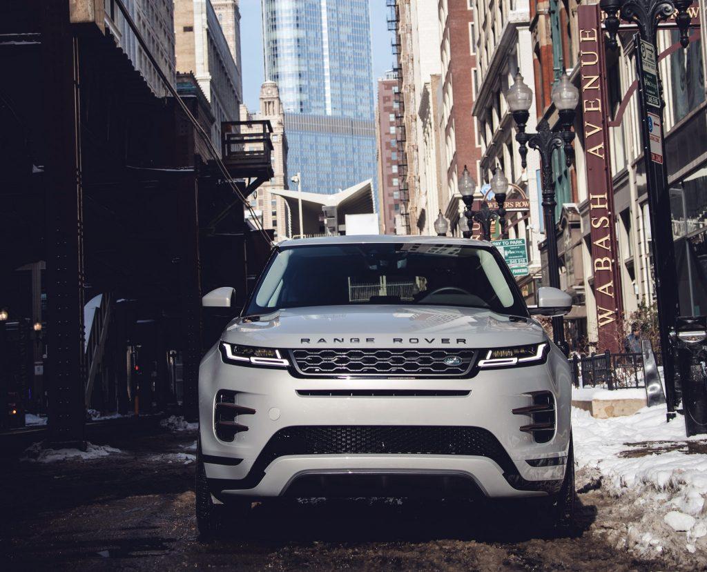 Range Rover Evoque 2019, вид спереди