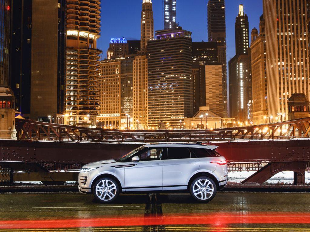 Range Rover Evoque 2019, вид сбоку