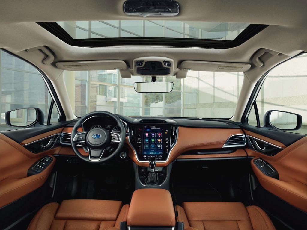 Subaru Legacy 2019, передняя панель