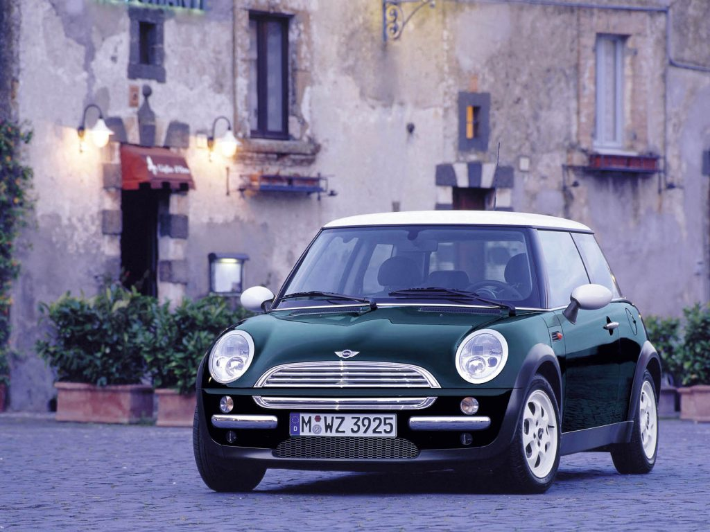 Mini второго поколения, 2000 год