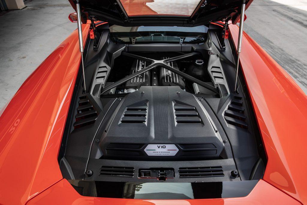 Lamborghini Huracan Evo, двигатель