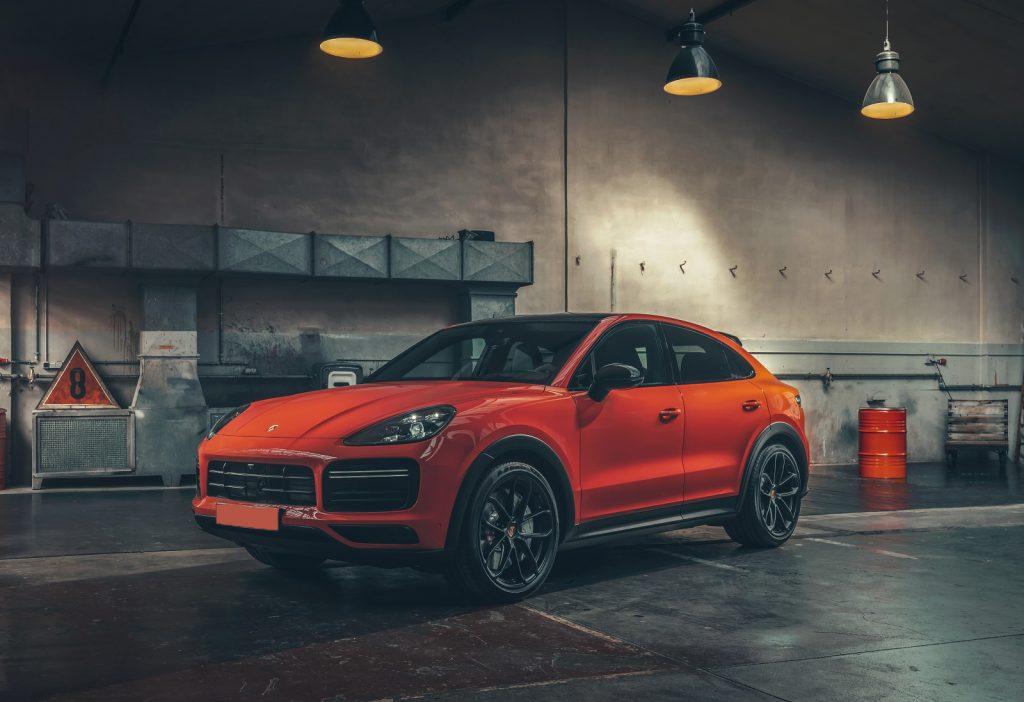 Porsche Cayenne Coupe 2019, вид спереди