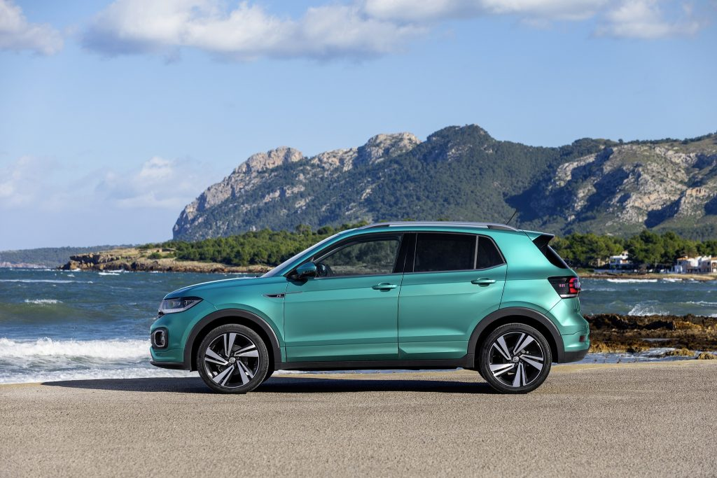 Volkswagen T-Cross 2019, вид сбоку