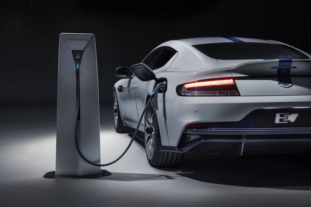 Aston Martin RapidE, зарядка