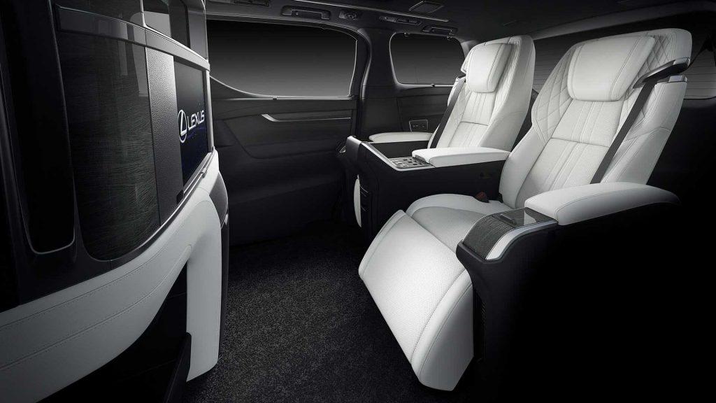 Lexus LM 2019, задние сиденья