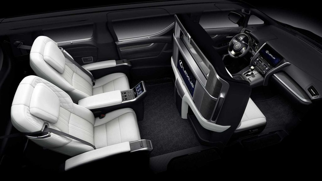 Новый Lexus LM, салон